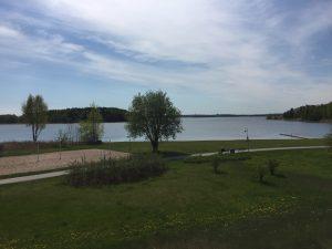 Utsikten från vår lägenhet vid Hägernäs Strand i Täby